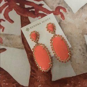 Kendra Scott Parsons Earrings in Coral